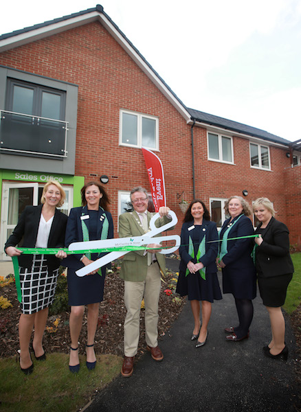 Mayor opens Burey Court Show Complex on Barnacre Road